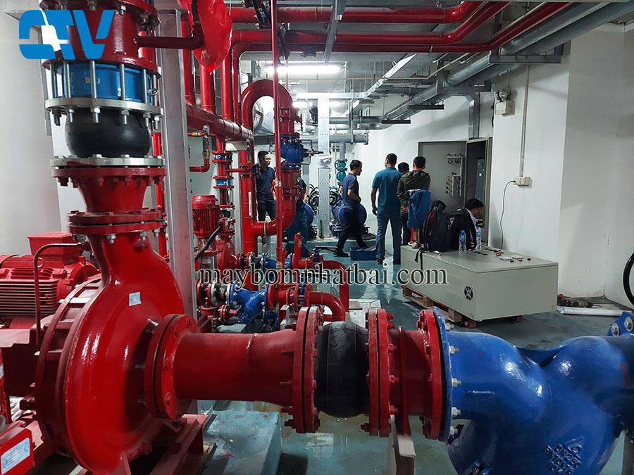 Lắp đặt tủ điện điều khiển và bảo vệ hệ thống máy bơm cứu hỏa